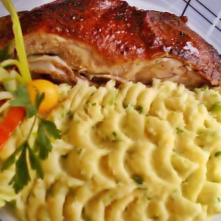 Egy finom Egyben sült kacsa ebédre vagy vacsorára? Egyben sült kacsa Receptek a Mindmegette.hu Recept gyűjteményében!