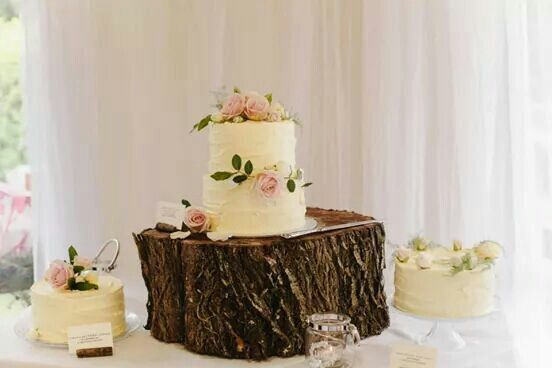 A sweet little Nona's Cake table for Chelsea and James' Wedding xo Photograph by Nakita and Stephan. www.nonascakes.co.nz