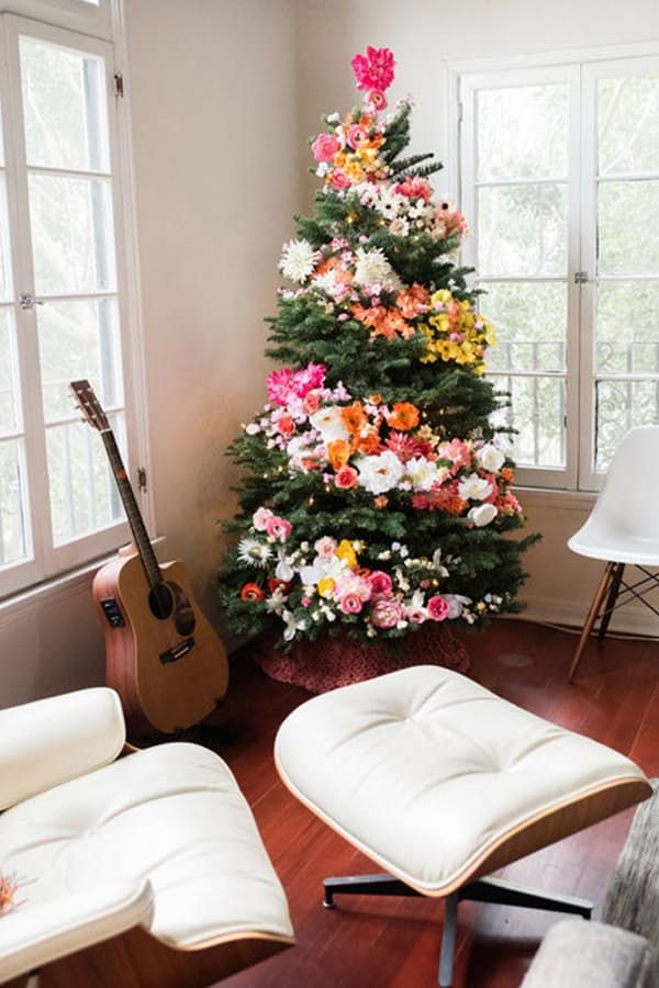 15 Holiday Decorating Trends That Will Be Huge This Season via @PureWow  Tropical Trees  Aloha and Mele Kalikimaka to all.