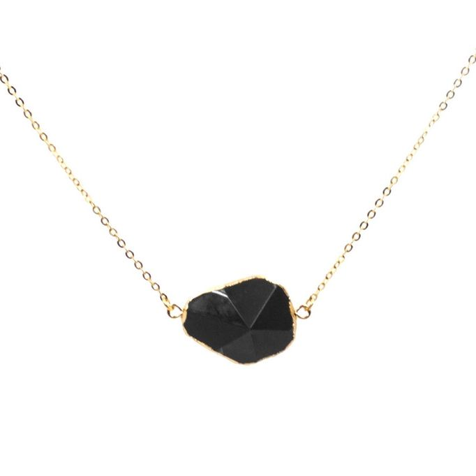 I would love to layer this piece- add a pave pyramid or crescent- perfection!