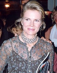 The daughter of renowned ventriloquist Edgar Bergen, Candice Bergen carved out a thriving Tinseltown career of her own. Multiple Emmys for 'Murphy Brown'
