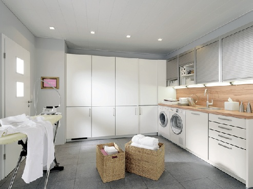 nice big laundry room