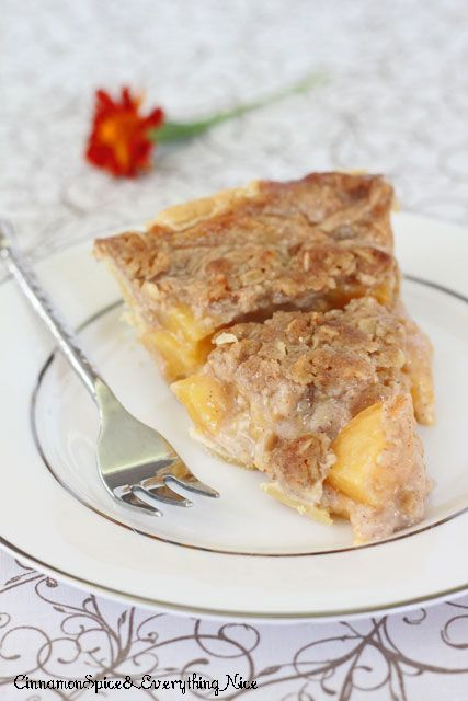 Peach crumble, Peach crumble pie and Peach pies on Pinterest