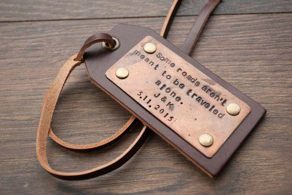 Etiquetas de equipaje de cuero personalizados, etiquetas de cuero personalizados, regalos para él, etiquetas de la boda, etiquetas personalizadas etiquetas, favores de la boda, de viaje