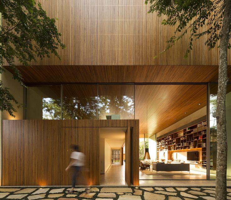 Tetris House,© Fernando Guerra   FG+SG