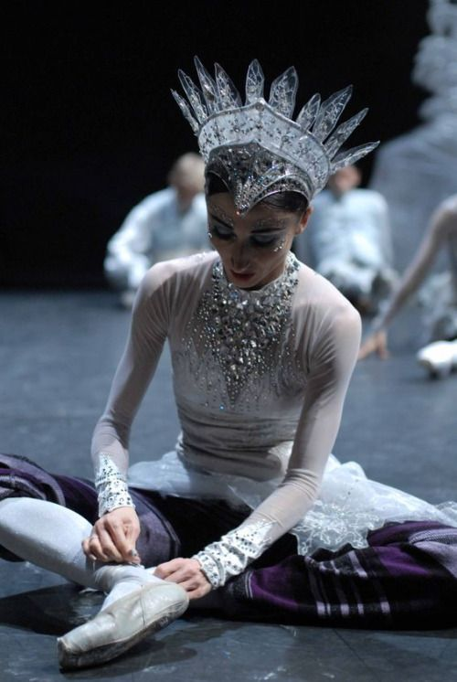 random beauty | fabulousballerina: Snow queen preparation. ✯