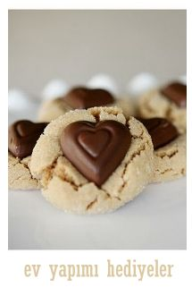 Great idea instead of hershey kisses or peanut butter cups