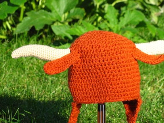 Crochet Pattern For Texas Longhorn Afghan : University of Texas Longhorn crocheted hat w/ horns - OMG ...