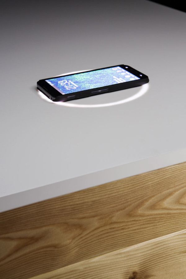 Katedra , A High Tech Desk That Charges Your Phone.