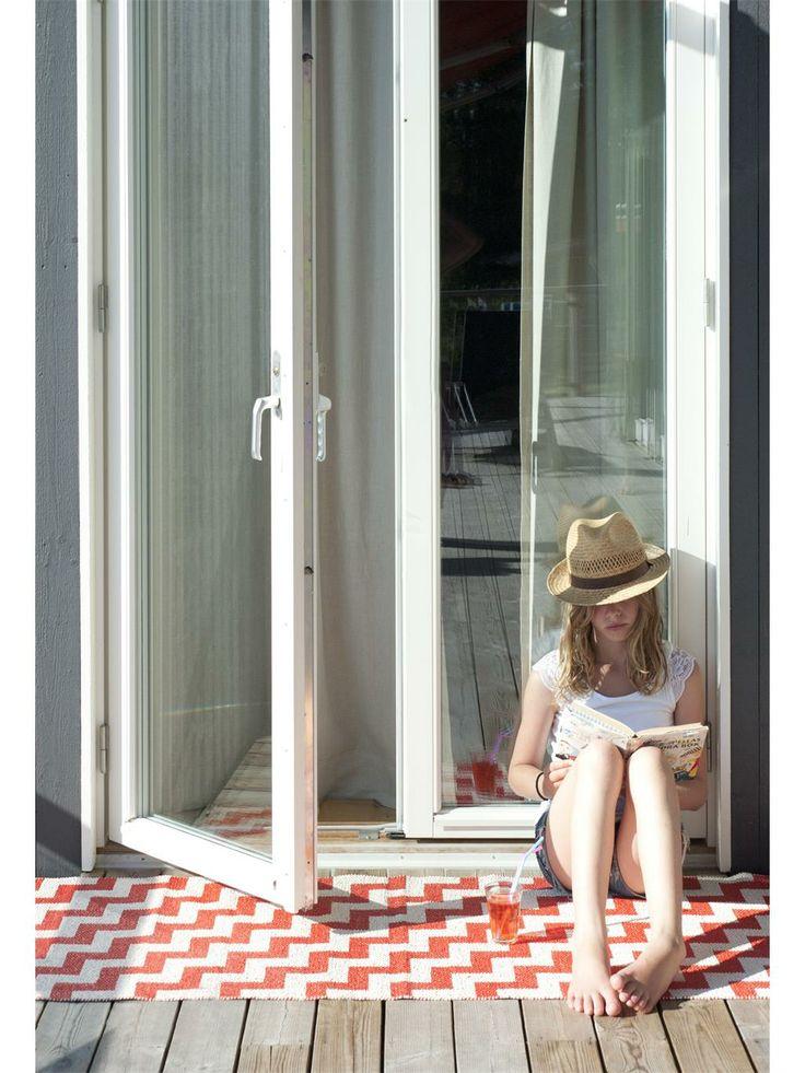 40 best skandinavische teppiche images on pinterest. Black Bedroom Furniture Sets. Home Design Ideas