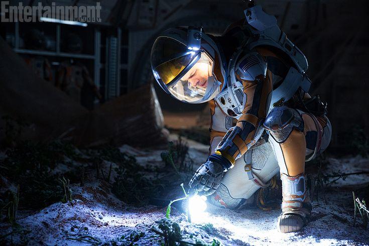Matt Damon in The Martian: First look at Ridley Scott's next movie | EW.com