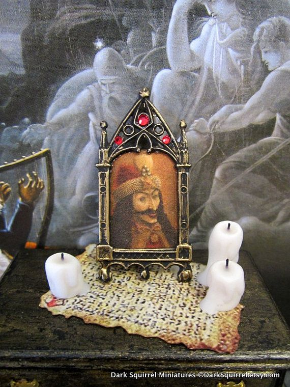 Vlad der Pfähler-Vampire-Bild Puppenhaus Miniatur, Vampire, Dracula, Spuk, Halloween, spukt im Maßstab 1/12