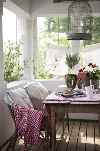 fresh - porch!