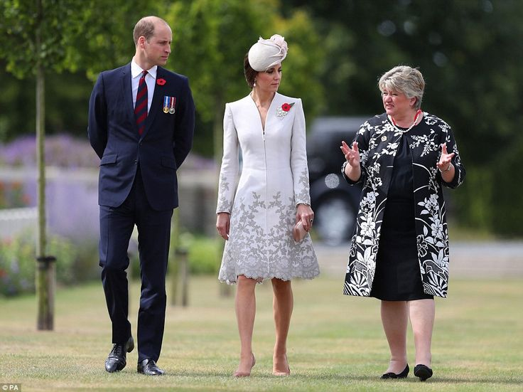 The couple were given a guided tour byVictoria Wallace, Director General of the Commonwealth War Graves Commission head of a ceremony with the Belgian royals