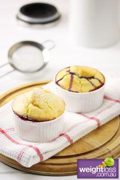 Quick Berry Sponge Pudding. #HealthyRecipes #DietRecipes #WeightLossRecipes weightloss.com.au