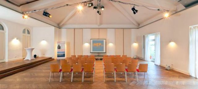 Altonaer HanseVilla - Top Konferenzräume und Tagungshotels in Hamburg, perfekt als: Eventlocation in Hamburg | Raum mieten Hamburg | Veranstaltungsräume in Hamburg | Seminarraum Hamburg | Firmenevent Hamburg | Kongresszentrum in Hamburg | Business Center Hamburg | Tagungslocation Hamburg | Tagungszentrum Hamburg | Kongresshotel Hamburg | Veranstaltungsraum Hamburg | Meetingraum Hamburg - auf Event Inc