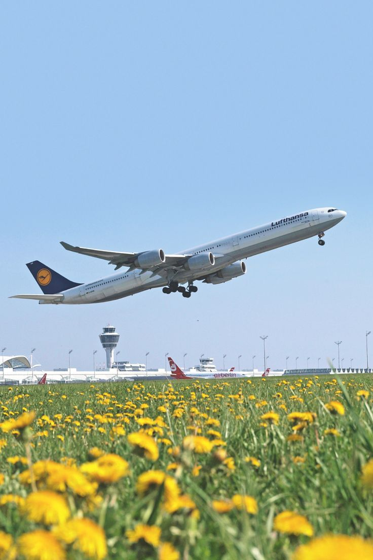 Lufthansa Airbus A340-642 departing Munich-Franz Josef Strauss on a clear Spring day.