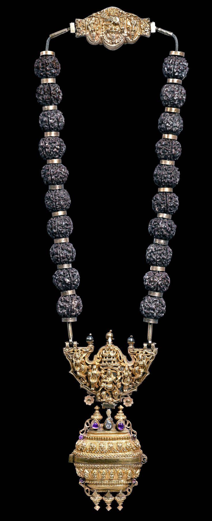 Gowrishankaram, 22 gold neck, rudraksha rubies, 19th c (Archives Singkiang)