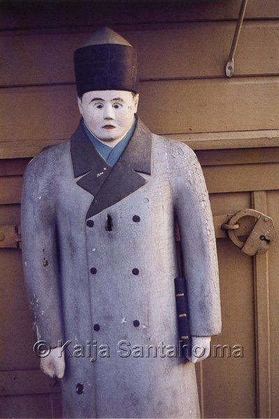 Poor man statue, Finland/ Himangan vaivaisukko