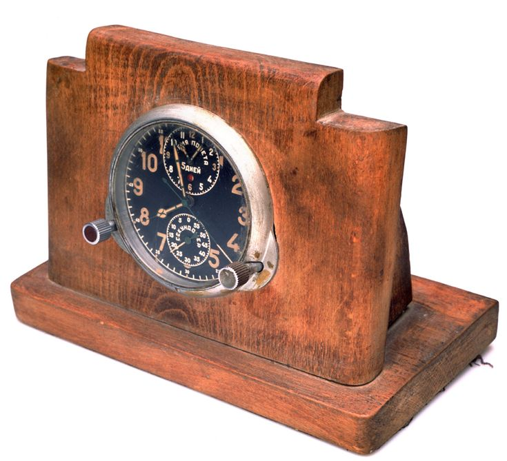 Table Clock #vladimirarkhipov #foundart #владимирархипов #otherthingsmuseum