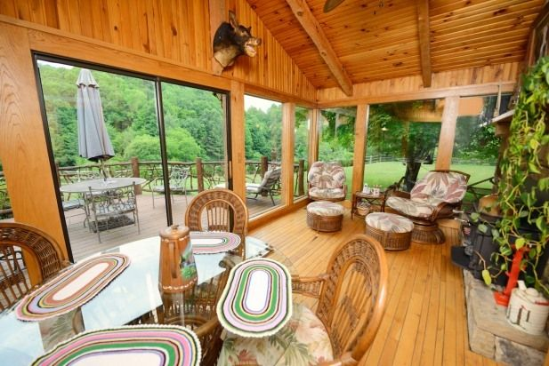 Mountain Magic Cabin. North Carolina vacation rentals. This affordable vacation cabin rental is the ideal place for a nice relaxing,  peaceful getaway.  Mountain Magic is both cozy and comfortable,  with modern style,  and decor.    Mountain Magic has lots vacation rental.