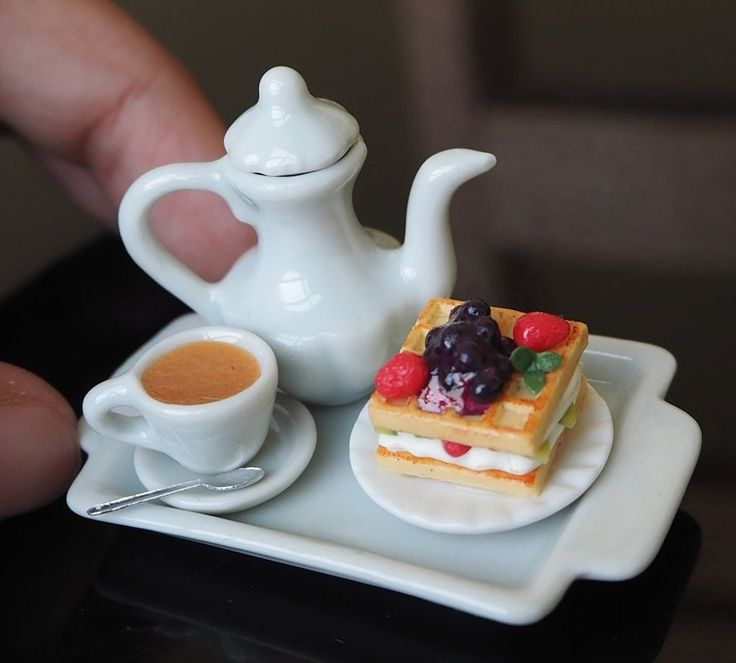 Dollhouse Miniatures Hot coffee Waffle on Tray Dollhouse Miniatures Food Supply #Unbranded