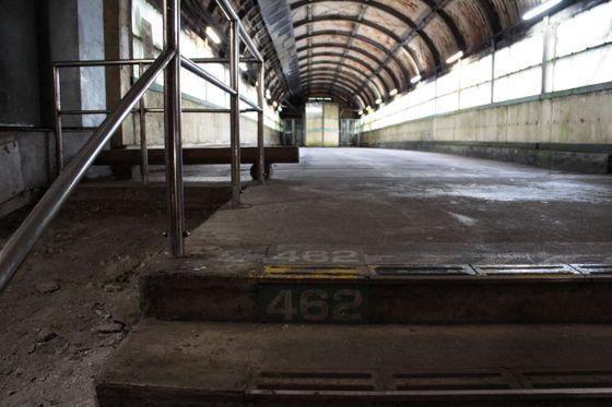 ホームは地下のトンネル内 日本一のモグラ駅こと群馬県の土合駅で降りてみた Gigazine 2020 地下 群馬 ホーム