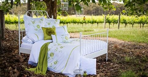 Buy bed sheets online from Love Mum. Our bed sheets are made from quality fabric and offers uncompromising luxury.  We offer the best bed sheets online.  http://www.lovemum.com.au/products-sheets
