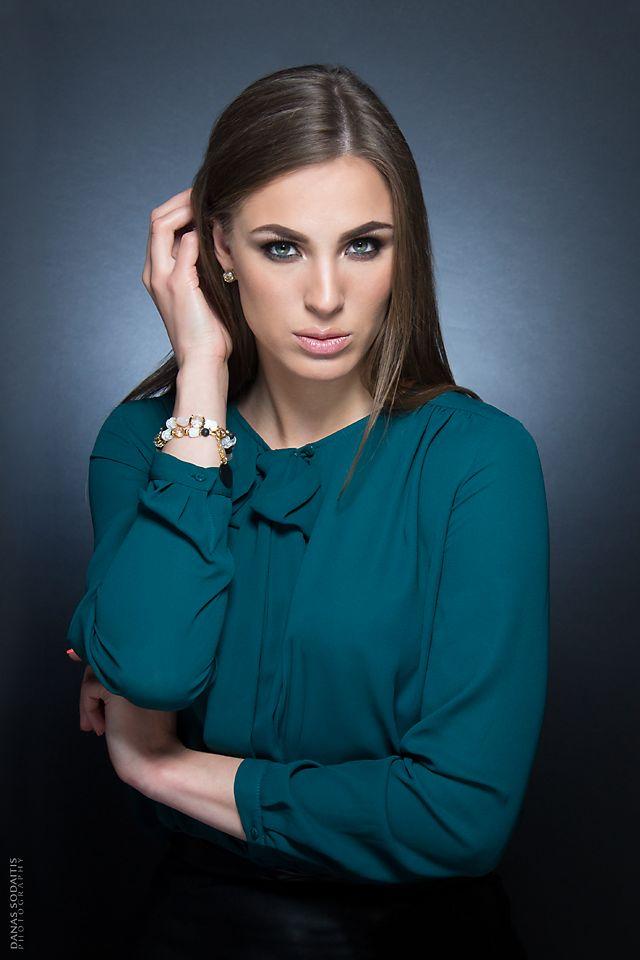 Elegance lady. Danas Sodaitis Photography #photoshoot #studio #photography #beauty #model #lady