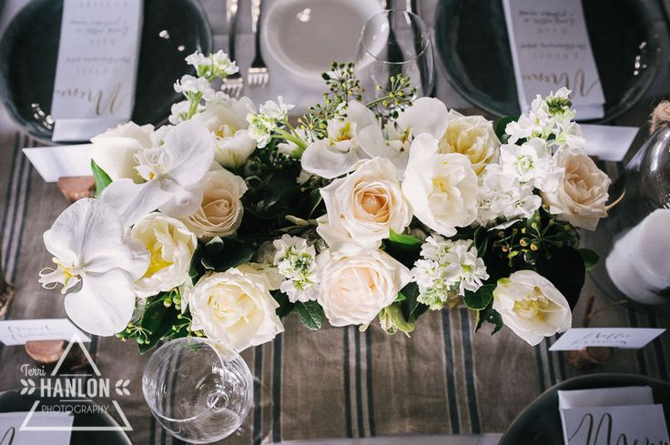 Table flowers at The Lakehouse