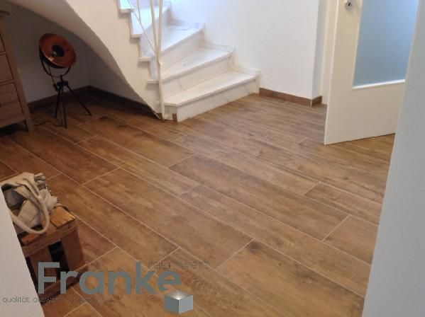 Holzoptik mit der Fliese XL-Style Riva Wood. Verlegung imit zwei verschiedenen Formaten http://www.franke-raumwert.de/Fliesen/XL-Style/Riva-Wood/ #tiles #Fliese #Feinsteinzeug #Xlstyle #rivawood