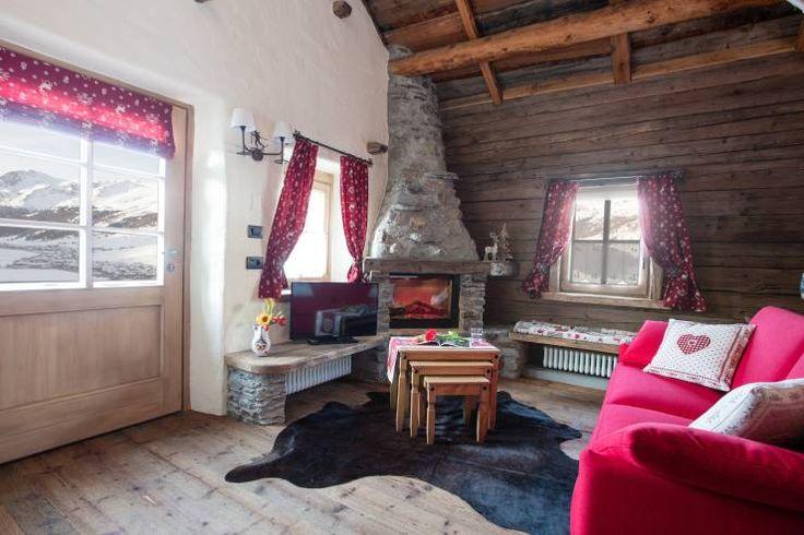 Realizzazione divani per arredare chalet di montagna