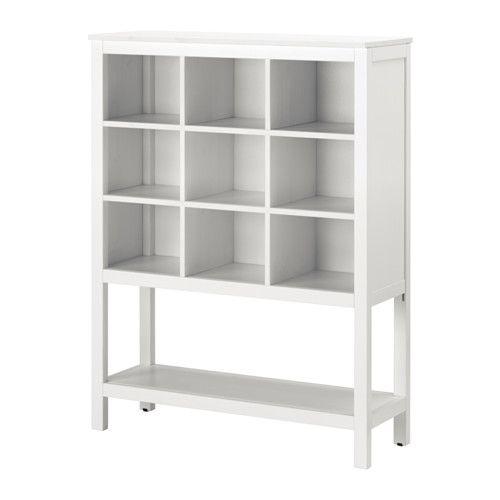 HEMNES Oppbevaringsmøbel IKEA Laget av massivt tre, et slitesterkt og lunt naturmateriale. Praktisk for sammenbrettet tøy. Perfekt til klær og sko.