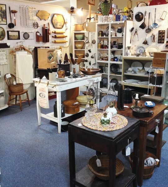 Antique Booth Design - Take a Peek at One Section of the Vintage Touch Shop Space
