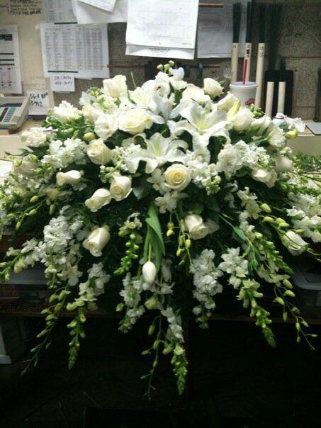 Rose Garden Florist Paducah Kentucky All White Casket