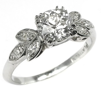 1920s 0.93ct Old Mine Cut Diamond Platinum Engagement Ring