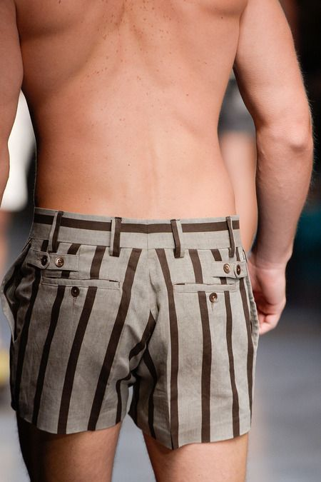 Obsessed with these Dolce & Gabbana Spring 2014 Menswear shorts! Really?!!!!  Men shouldn't wear Daisy Dukes!