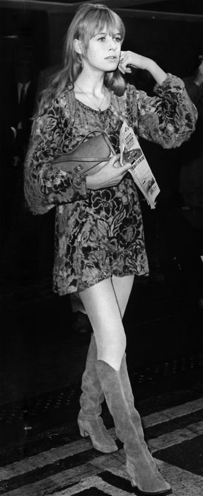 Marianne Faithfull in the coolest floral dress