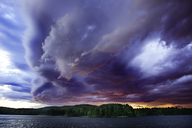 North Tea Lake. Algonquin Park, Ontario, Canada by bongopix