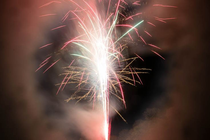 How to Photograph Fireworks & Deal with Smoke by Kat Molesworth