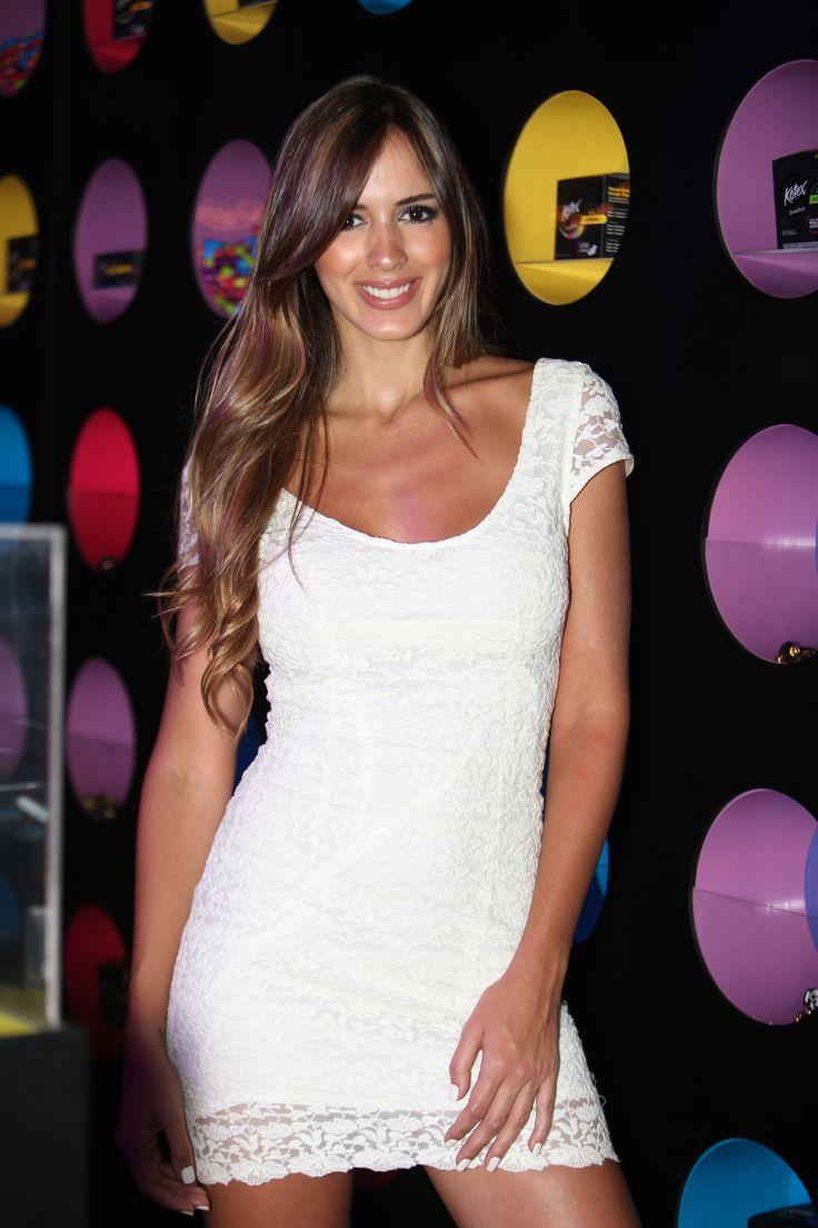 La modelo venezolana Shannon de Lima, no acompañó en la Pasarela Kotex By Agua Bendita, con todo el Estilo Kotex.