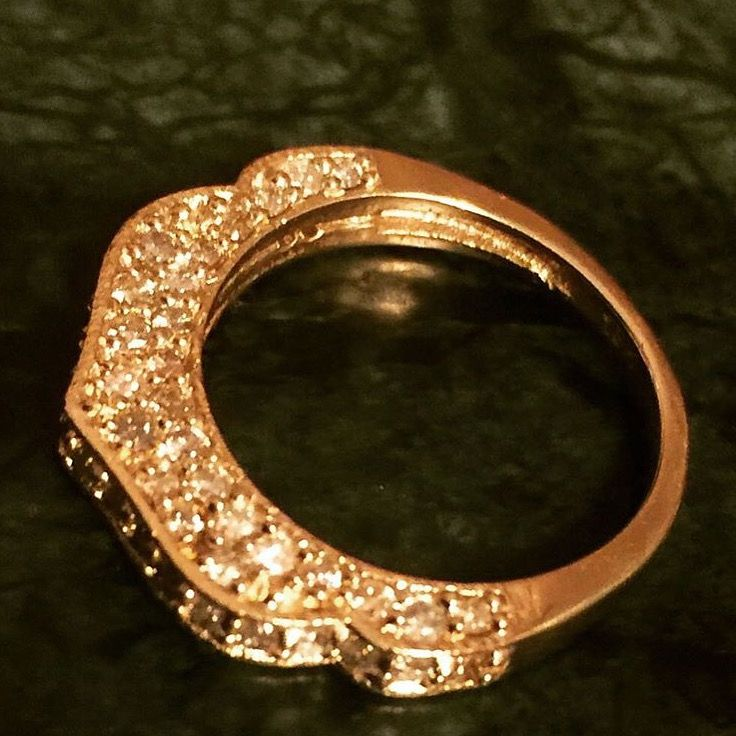 Diamond ring 18 ct gold Lautropjewellery