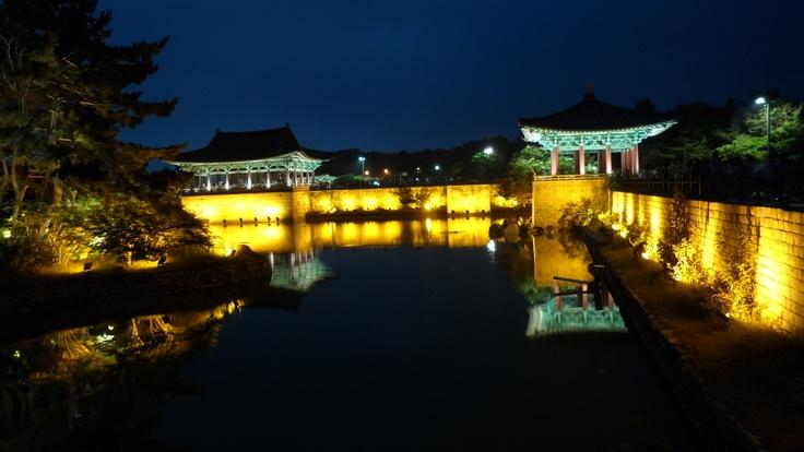 한국카메라 한국을 담다-5일차 Photo by LeeJuDot / Samsung MV800 / in GyeongJu ImHaeJeon-Site Detail : http://www.cyworld.com/LeeJuDot/3469068