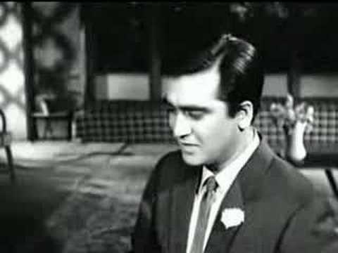 Gumrah (1963) - Chalo Ek Baar Phir Se - YouTube