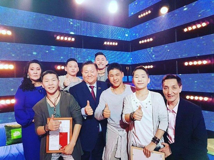 Большой успех вызвала Музыкальная группа «Хатан» из Якутиина телешоу «Ты супер!» В очередном выпуске «Ты супер!» на НТВ ребята из группы «Хатан» исполнили песню Цоя «Звезда по имени Солнце». Деп…