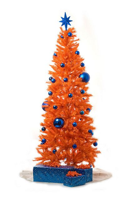 orange christmas tree by dacali via flickr - Orange Christmas Tree
