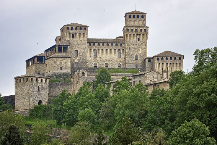The 10 Castles of the Duchy not to be missed - Città d'Arte Emilia Romagna