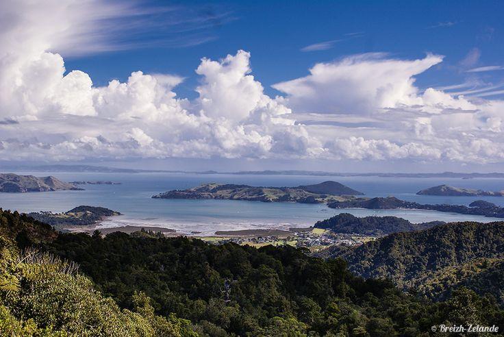 Vue sur le #Coromandel en #Nouvelle-Zélande sur les haut de #Tapu. http://pvtistes.net/nouvelle-zelande/road-trip-dans-le-coromandel-en-nouvelle-zelande/