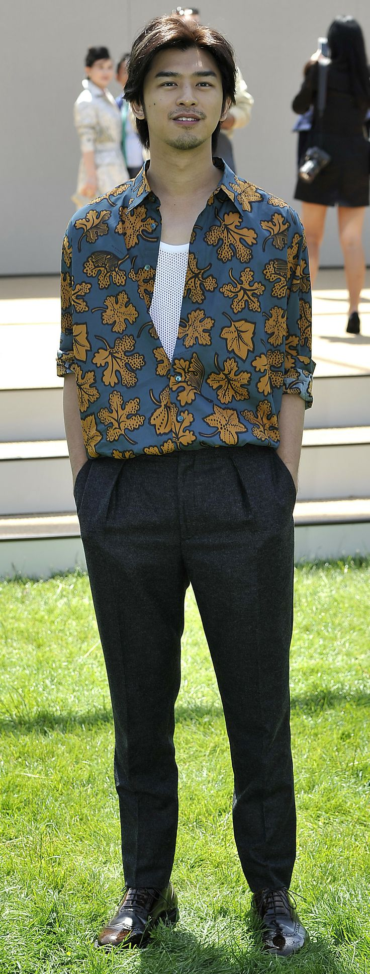 Taiwanese actor Bolin Chen wearing Burberry at the Burberry Prorsum  Menswear S/S15 Show in
