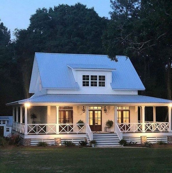 17 Simple Modern Farmhouse Exterior Design Ideas Arsitektur Hijau Arsitektur Lumbung